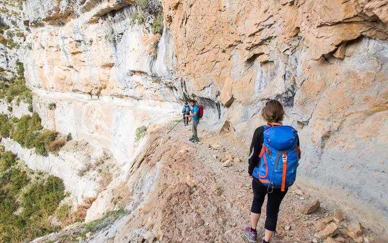 deportes de aventura con guaranatura senderismo sierra de guara 01